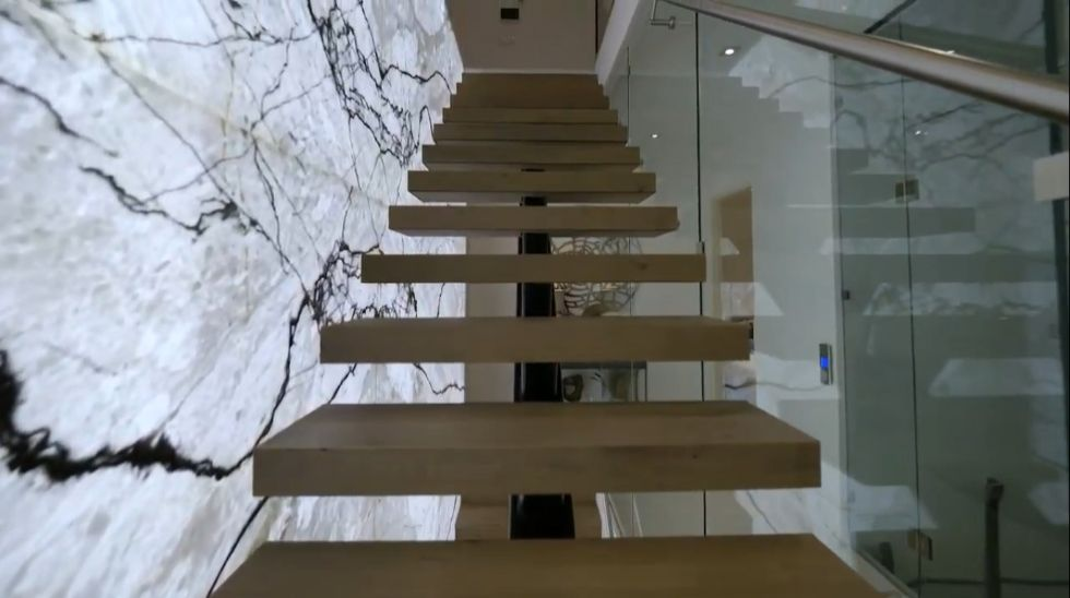 Mẫu biệt thự 3 tầng chữ l