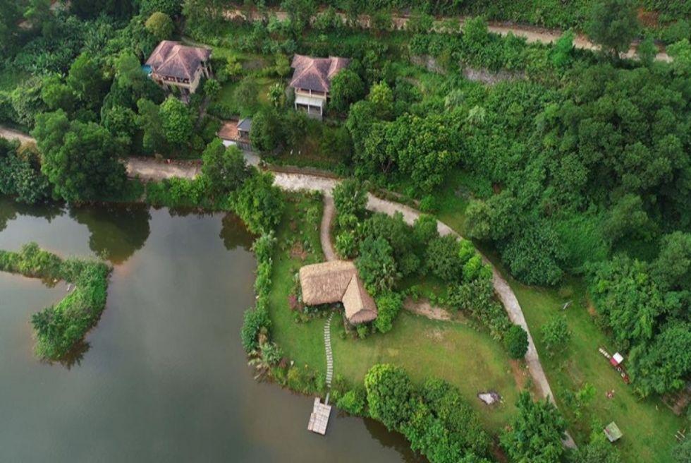 Biệt thự sang trọng có bể bơi có sân vườn