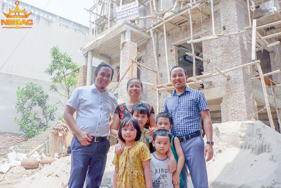 Đại gia Hưng Yên xây BIỆT THỰ TÂN CỔ 20 tỷ đẹp nức tiếng tặng vợ