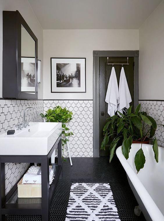 Mẹo nhỏ hiệu quả lớn cho phòng tắm nhỏ trở nên rộng rãi