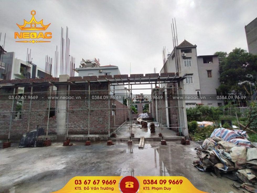Kiểm tra tiến độ thi công biệt thự 3 tầng hiện đại tại Bắc Giang